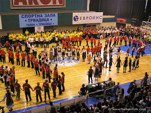 190-horo-se-vie-izviva-festival