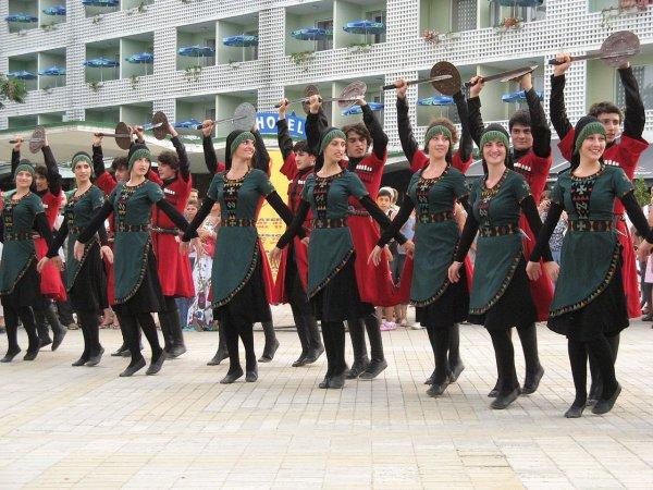 1280px-International_Folk_Festival_Varna_2010_IMG_3433