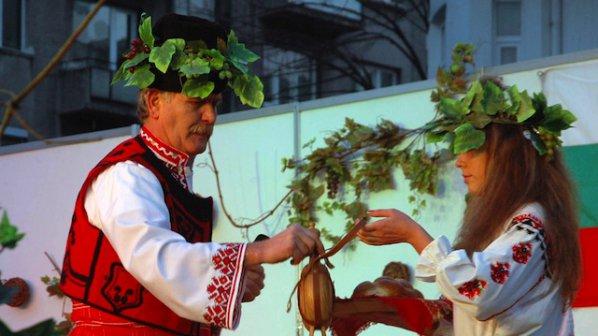 zapochva-praznikyt-na-vinoto-v-selo-delchevo-283408