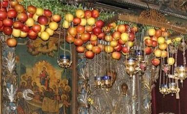 """Традиционен празник """"Златната ябълка"""" в Асеновград"""