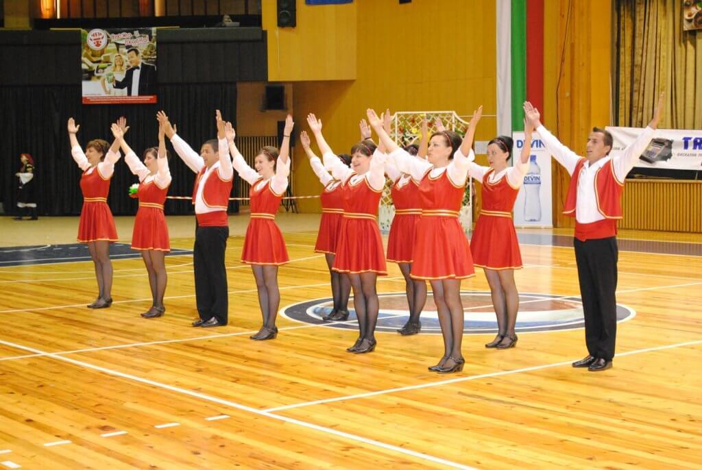 """X Национален фолклорен фестивал """"Болярско надиграване"""""""